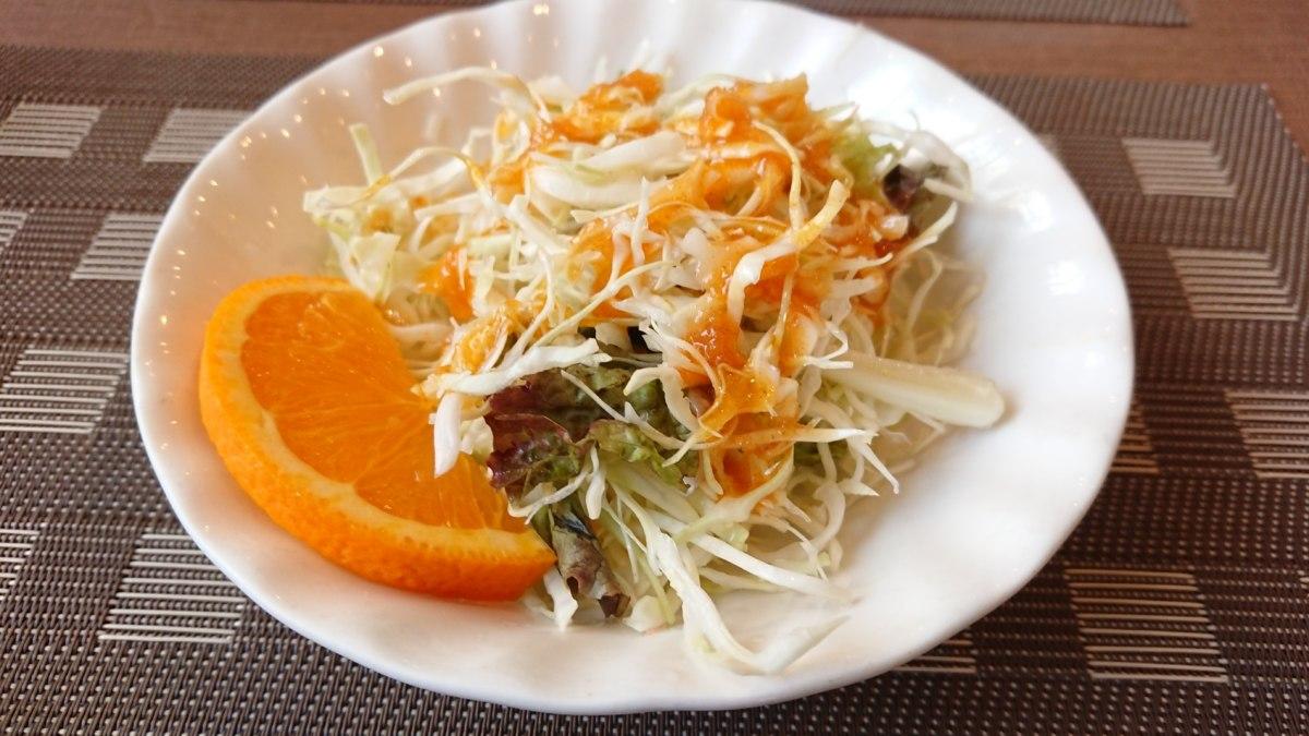 TAKUランチのサラダ