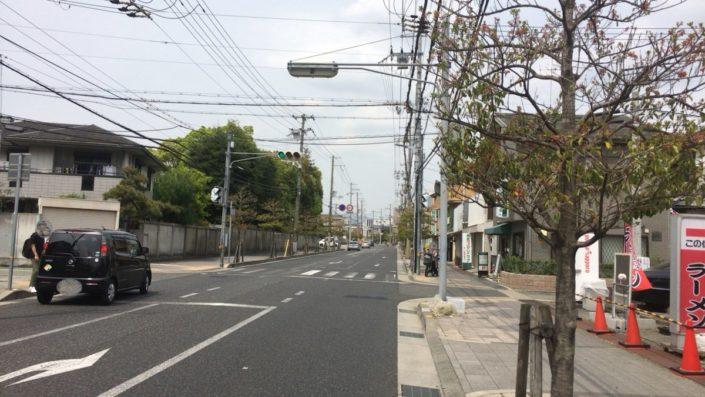 店の北側道路