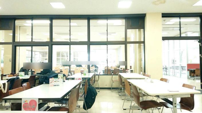 神戸大学国分食堂の内観1