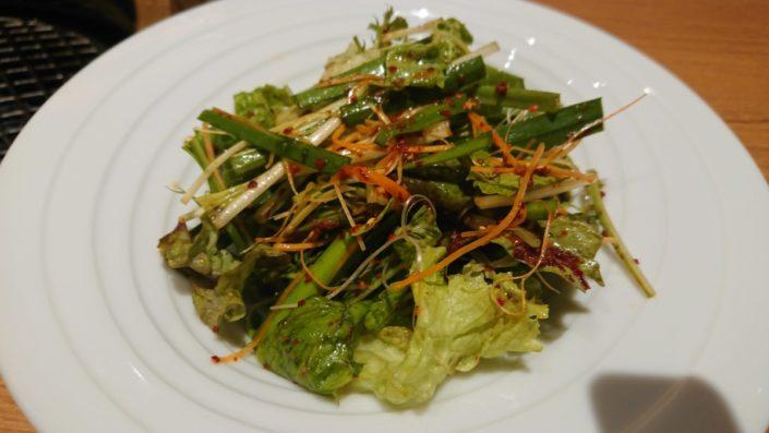 塩タンの野菜巻きの野菜